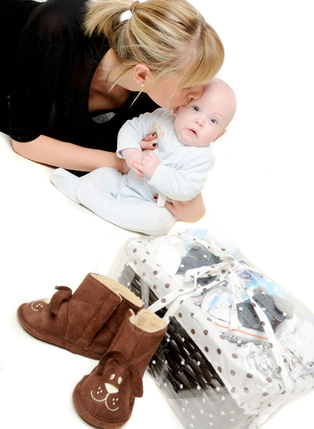 Tiny Feet Hampers Mother & Baby